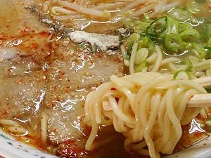 藤原来々軒 激辛ラーメン 麺拡大