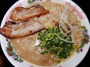 居酒屋食堂ふじ 佐伯ラーメン大盛り・カラメ(裏メニューの濃口)