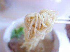 藤原来々軒 ラーメン 麺拡大