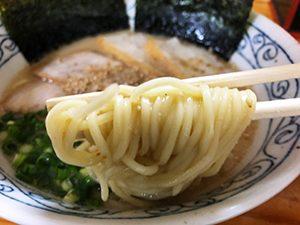 浦の麺屋ごとう ダシ豚骨ラーメン
